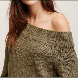 OFF THE SHOULDER FREE PEOPLE SLOUCH SWEATER